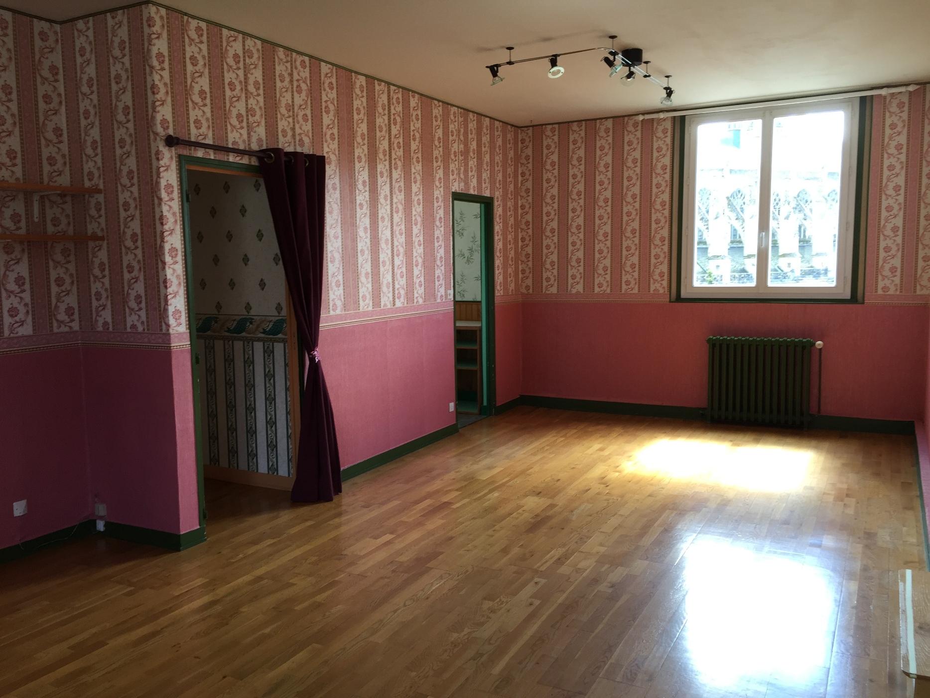 acheter achat d 39 un appartement f4 caudebec en caux vall e de seine 76 agence immobili re du parc. Black Bedroom Furniture Sets. Home Design Ideas