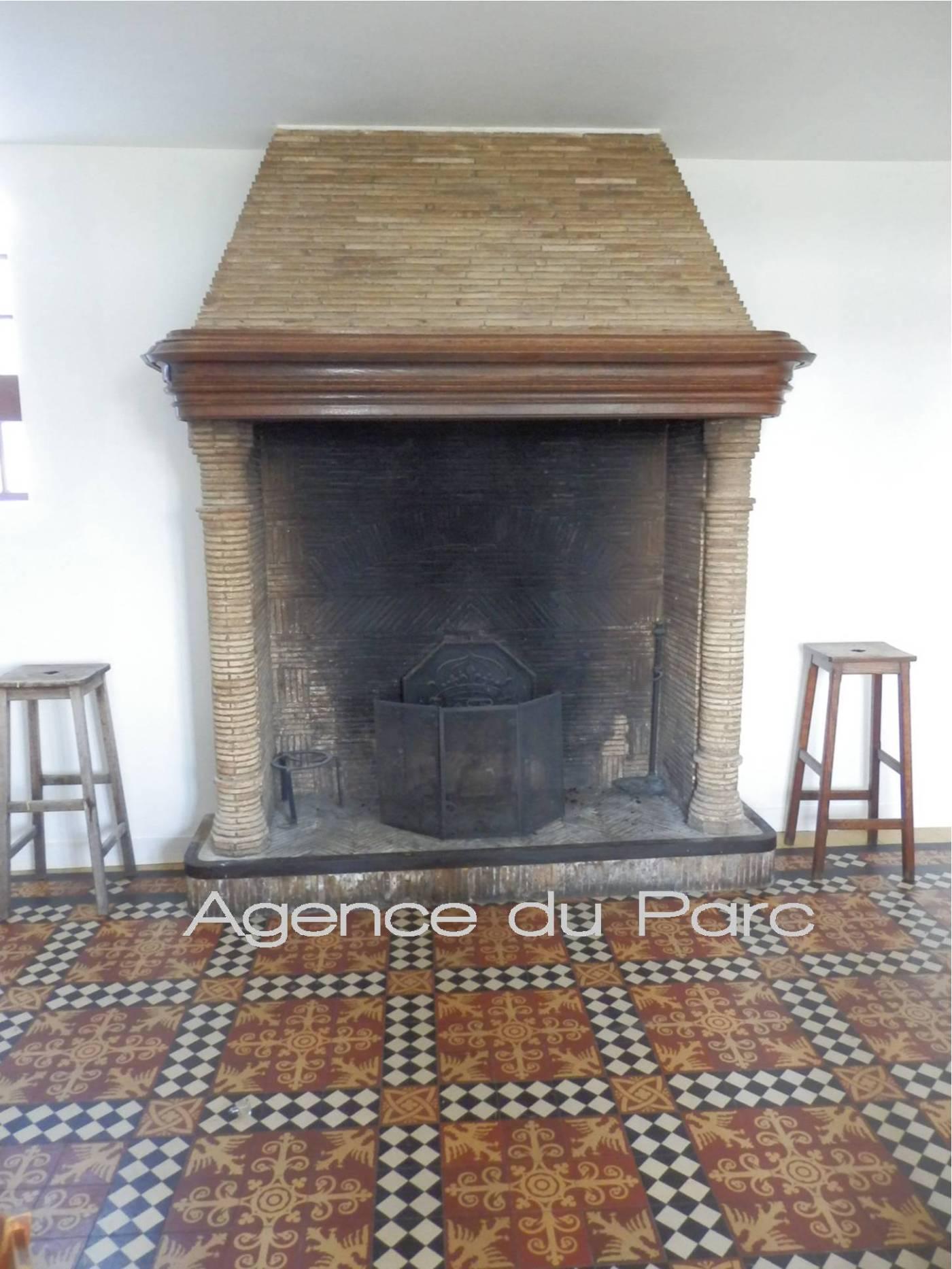 Acheter ancien h tel restaurant de style anglo normand for Acheter miroir ancien