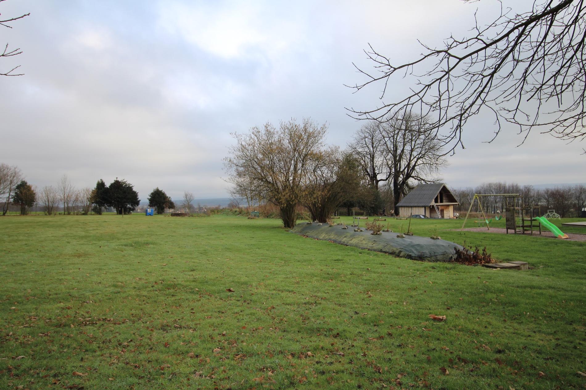 Acheter vente d 39 une maison ancienne en briques et pierres for Acheter une maison de campagne