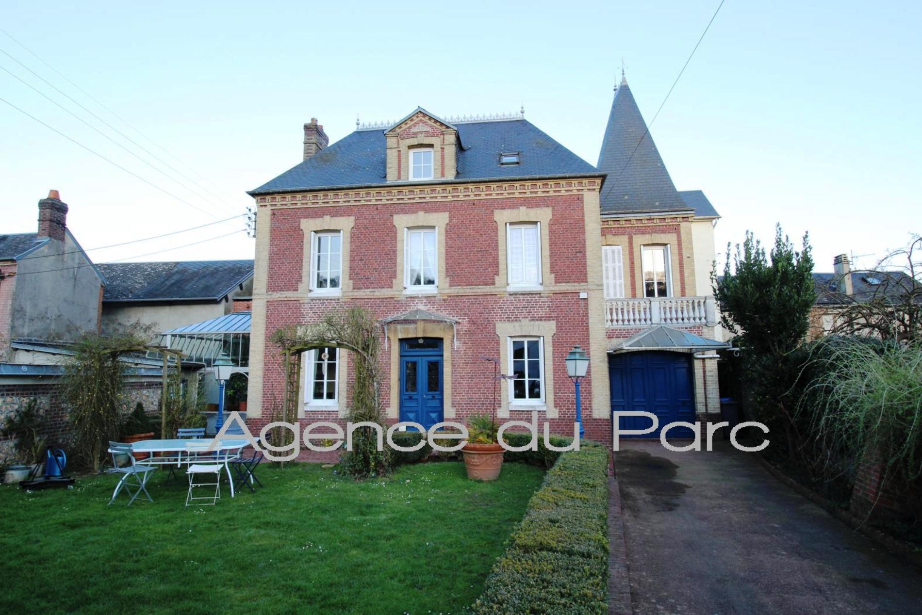 Acheter vente d 39 une maison bourgeoise pleine de charme for Acheter une 2eme maison