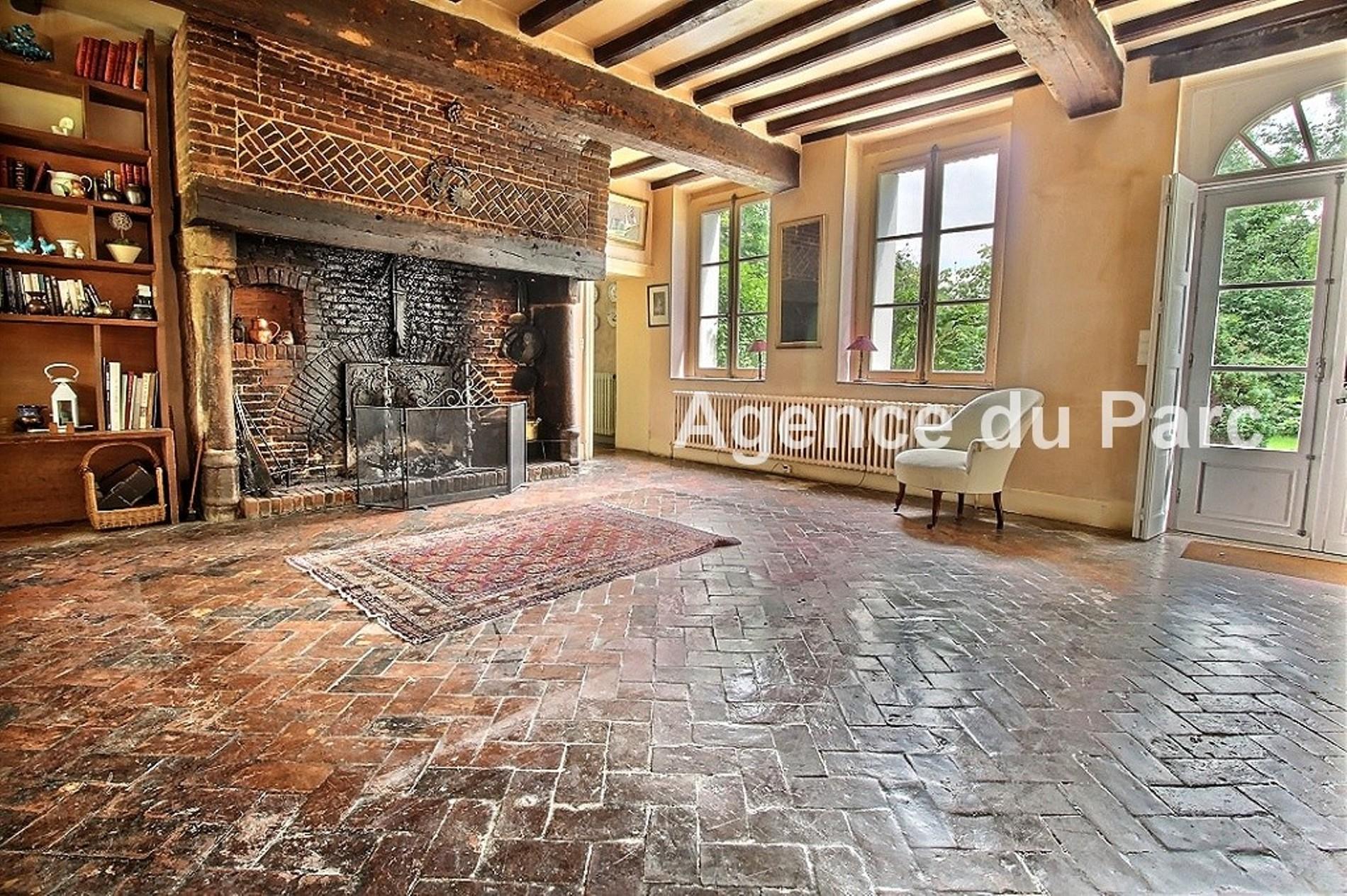 Acheter achat d 39 un manoir normand du xvii me en briques et for Acheter une maison en normandie bord de mer