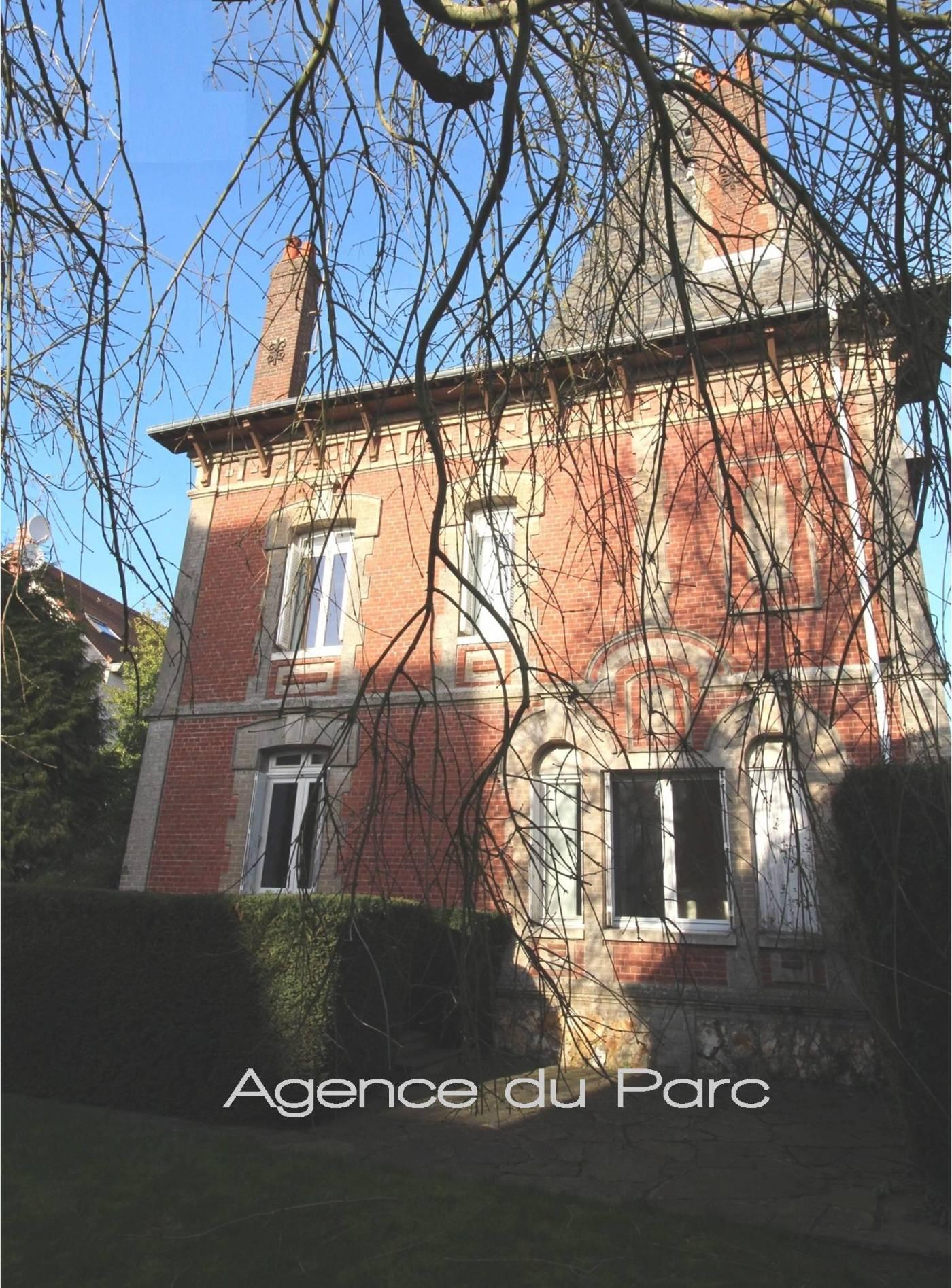 Acheter achat d 39 une grande maison bourgeoise de 1909 for Achat maison yvetot