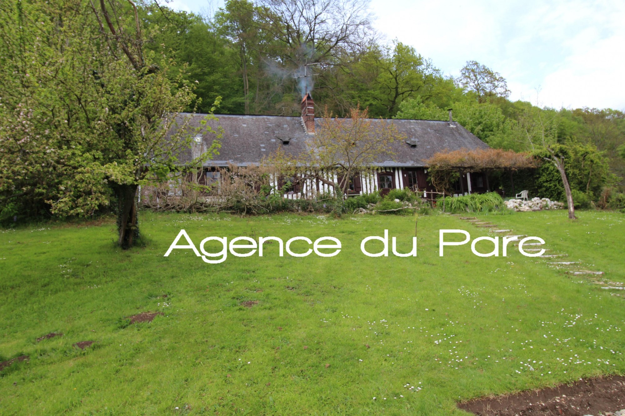 Acheter achat d 39 une maison normande la campagne proche for Acheter une maison de campagne