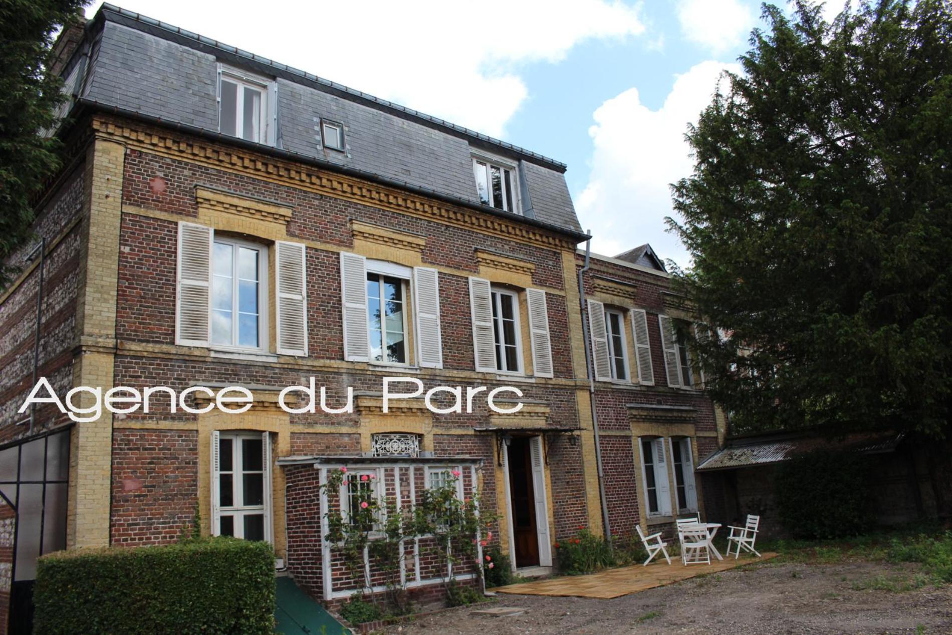 Acheter vente d 39 une maison bourgeoise t10 f10 dans un for Acheter une maison pour 10 euros