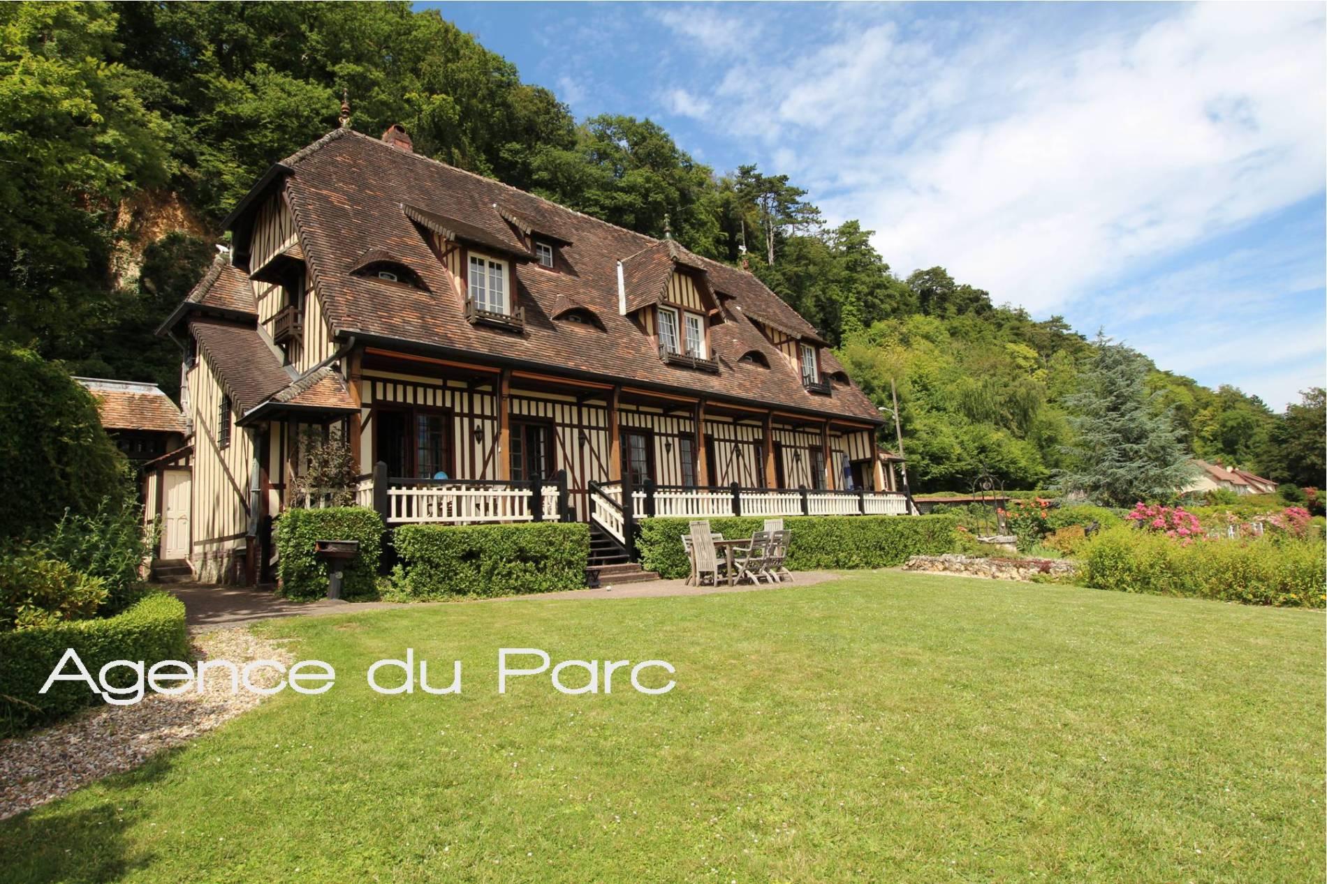 Maison D Architecte Design Avec Piscine Saint Wandrille Rancon 76490 Agence Immobiliere Du Parc