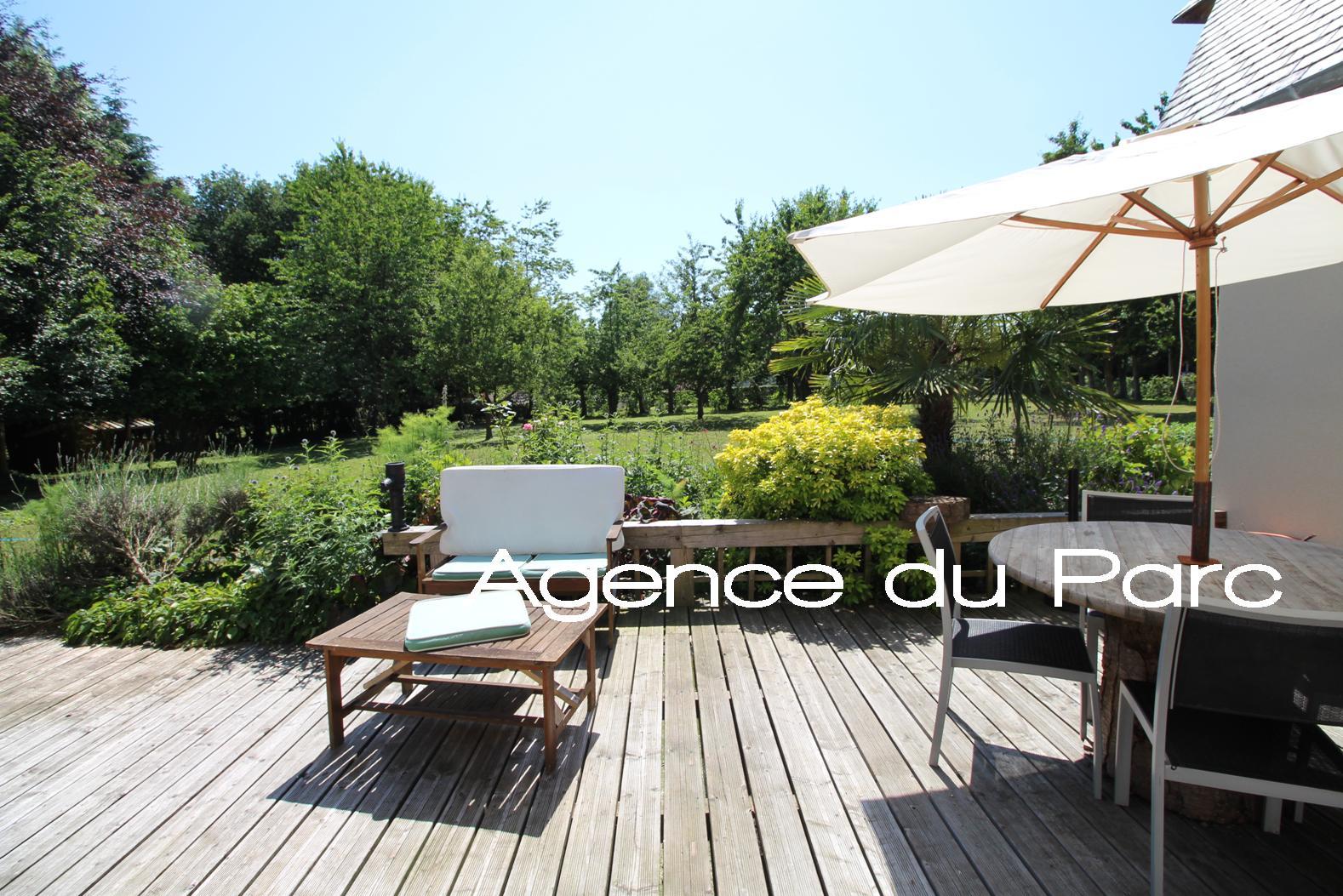 Acheter vente d 39 une maison contemporaine aux beaux volumes for Acheter une maison par agence immobiliere