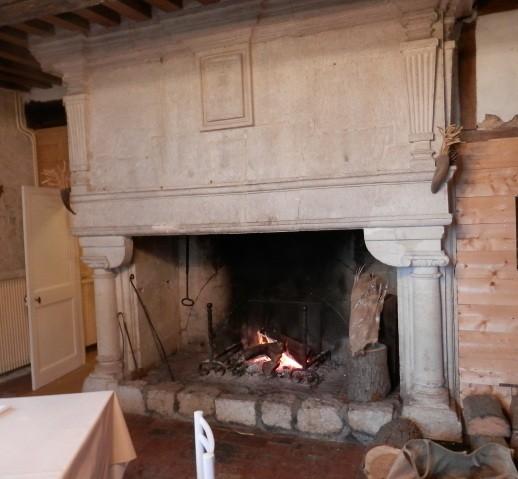 Acheter magnifique manoir en pierres de taille du d but xvii me class monument historique - Nettoyer pierre de cheminee ...