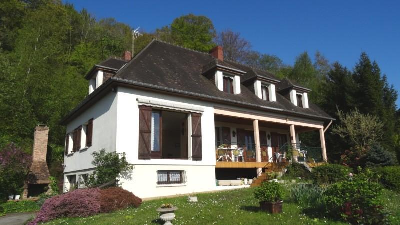 Acheter vente d 39 une vaste maison individuelle proche de for Maison individuelle a acheter