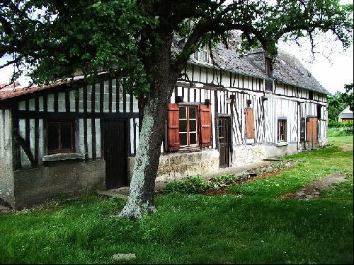 Maison ancienne à réhabiliter proche du Pont de Brotonne, 76, Caudebec en Caux,