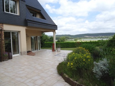 acheter une maison 4 chambres dans un très bel environnement avec vue sur Seine