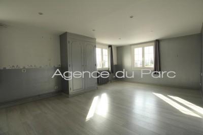 acheter une maison ancienne avec combles ménagées, véranda et grande pièce de vie de 52 m², axe caudebec / bourgachard, 76