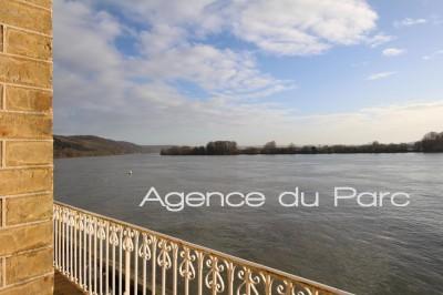 Proche Caudebec en Caux, vente d'une demeure de charme en bord de Seine, parfait pour chambres d'hotes