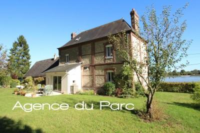 Vaste maison au bord de la Seine avec magnifique vue Duclair, en Bord de Seine, Normandie, 76