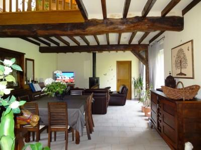 acheter une maison ancienne en très bon état aux environs d'Yvetot sur la route de la mer