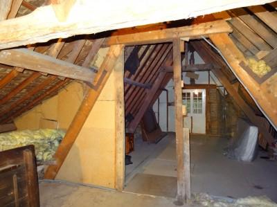 acheter une chaumière proche de Caudebec en Caux,avec 2 chambres et un grenier aménageable, beau potentiel!