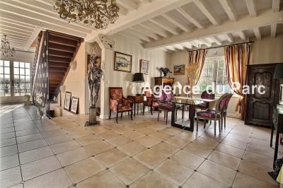 vente d'une propriété de charme en Normandie, avec vue sur Seine, piscine abritée et pool house et une grande dépendance