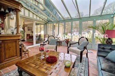 acheter vente d 39 une maison de caract re colombages la vue exceptionnelle sur la seine. Black Bedroom Furniture Sets. Home Design Ideas
