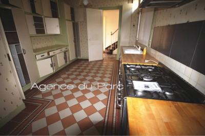 achat d'une charmante demeure ancienne, au cœur de la ville d'Yvetot, en bon état, sur 780 m² de terrain