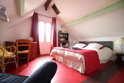 vente d'une maison de caractère en vallée de Seine, aménagée pour chambres d'hotes, à Caudebec en Caux cité touristique
