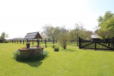 acheter une maison normande avec un beau terrain de 6000 m² idéal pour chevaux ou poneys
