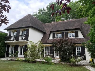 Vente d'une maison contemporaine aux beaux volumes Proche Caudebec en Caux, vallée de Seine, 76