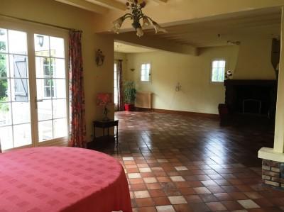 achat d'une maison aux beaux volumes aux environs de Caudebec offrant 4 chambres