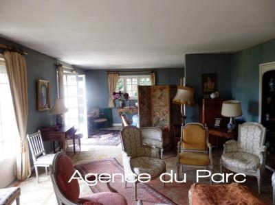 vente d'une maison offrant une belle enfilade de réception, 4 chambres, vue superbe sur Rouen