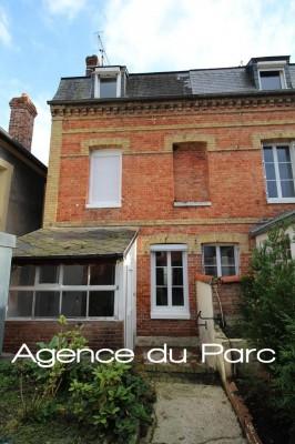 Vente d'une maison de ville en briques  Proche Caudebec en Caux, Normandie, 76