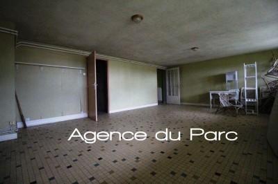 vente d'un pavillon avec terrasse et séjour avec cheminée et vue dégagée sur seine à Caudebec en Caux
