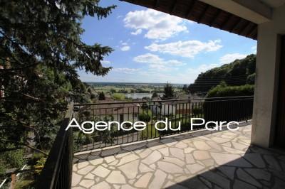 acheter un pavillon avec sous-sol complet à Caudebec en Caux, 76