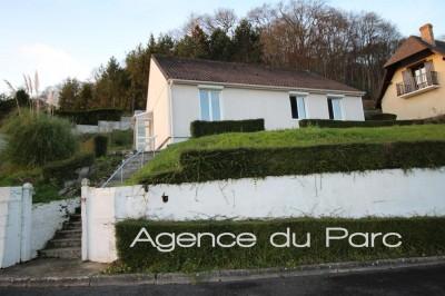 vente d'une maison avec vue dégagée de plain-pied en bon état à Caudebec en caux