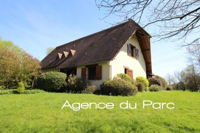 Vente d'une vaste maison individuelle Axe Caudebec en Caux / Bourg Achard, Parc de Brotonne, 76