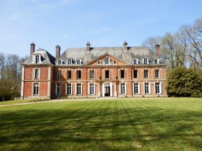 Vente d'un château XVIIIème en Normandie, entre Rouen et la côte d'Albatre, 76,  à 2h de Paris,