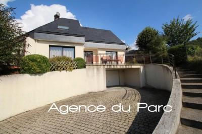 Maison d'architecte en très bon état avec une belle vue dégagée Bourg tous commerces à Caudebec en Caux, Normandie, 76