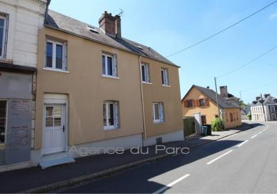 Vente d'une Maison de ville Proche du Pont de Brotonne, axe Caudebec en Caux/Bourg Achard, Vallée de Seine, 76 en bon état