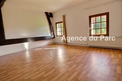 achat d'une maison ancienne, authentique,de charme, dans un bourg tous commerces de la presqu'ile de Brotonne, au beau potentiel, 4 chambres, possibilité plus, sur 5000 m² env
