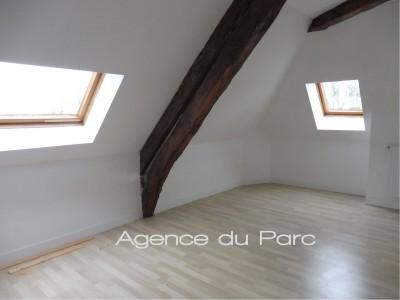 Entre Yvetot et Rouen, vente d'une maison en briques et colombages de 4 chambres, belles pièces de réception