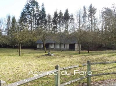 vente d'une propriété normande ancienne, proche de la forêt, avec dépendances idéales pour chevaux