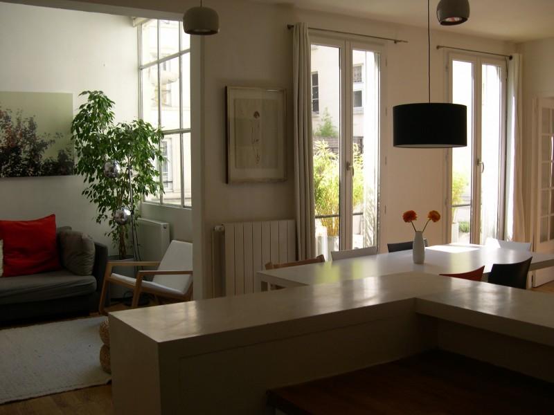 Appartement Familial 106 m2 75010 Paris Canal St Martin T5 Paris 75010 République, Canal St Martin Caractère, beaux volumes.