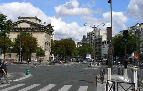 Appartement 54 m2 75011 Paris Boulevard de Charonne T2 Paris 11 Père Lachaise, Philippe Auguste Vendu occupé avec locataire 1 300 euros par mois.