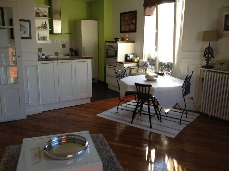 Appartement Familial 4 pièces 80m2 T4 Bois-Colombes Rue du Général LECLERC Parquets, moulures, cheminées