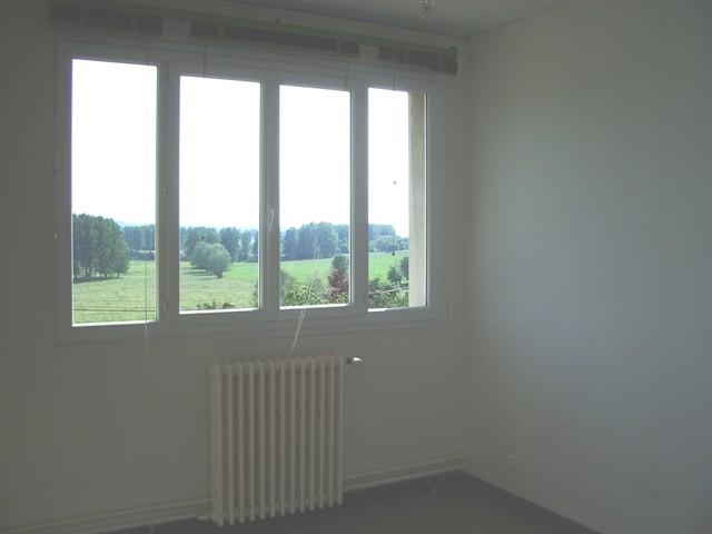 Appartement F3 à louer proche du Pont de Brotonne, 76, Caudebec en Caux, La Mailleraye sur Seine,Vallée de Seine, entre Rouen et Le Havre au rez de chaussée