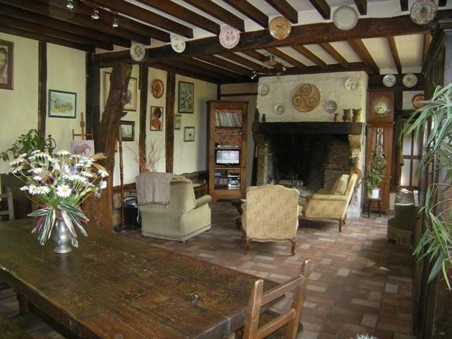 Maison normande à vendre proche du Pont de Brotonne, 76, axe Caudebec en Caux /Bourg Achard, dans un très bel environnement