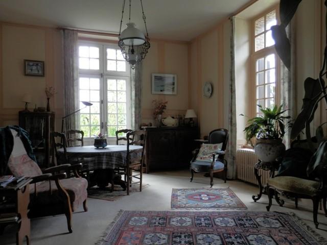 Vente d'un Corps de ferme composé d' une grande maison de maître  XVIIIème, proche d'Yvetot ,76, Pays de Caux, au calme