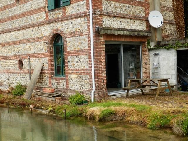 Maison de maître au bord d'une rivière, à vendre dans la vallée de la Durdent, entre Yvetot, Cany, la côte normande, 76,