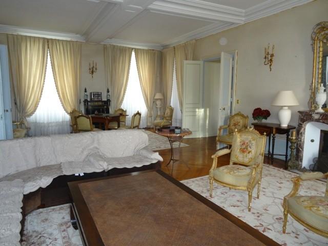 Charmant chateau XVIII à vendre en Normandie