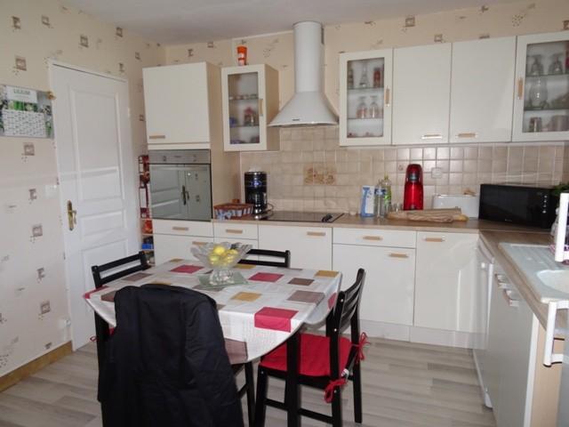 Maison individuelle à vendre proche du Pont de Brotonne, 76, axe Caudebec en Caux /Bourg Achard,