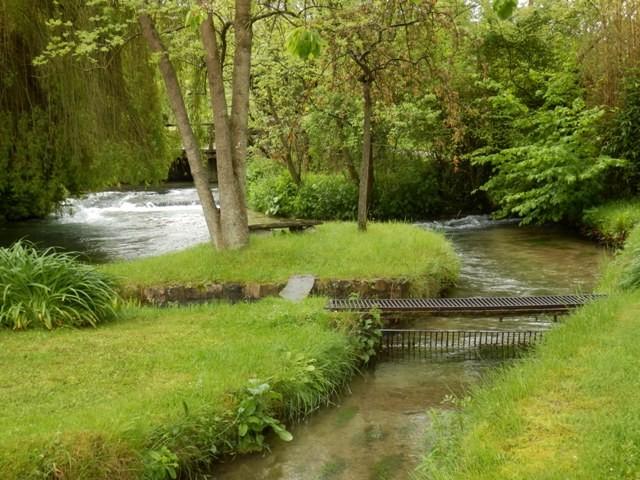 Vente d'une magnifique propriété normande dans un parc d'un hectare 5 environ entre Yvetot et la mer, 76, dans une vallée verdoyante du Pays de Caux, à proximité de la gare ligne Paris Le Havre